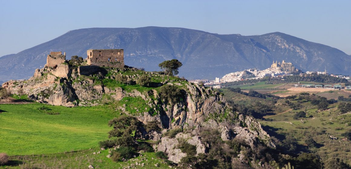 Olvera: la perla escondida en los pueblos blancos de Andalucía